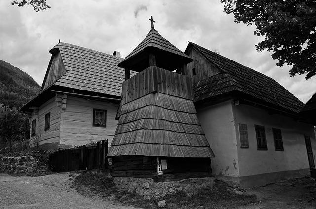 Šindľové strechy sú pre Slovensko typické