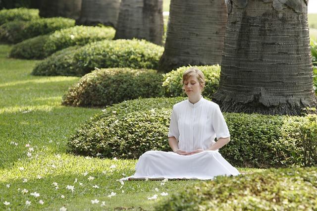 Meditovanie v prírode je účinná relaxačná terapia
