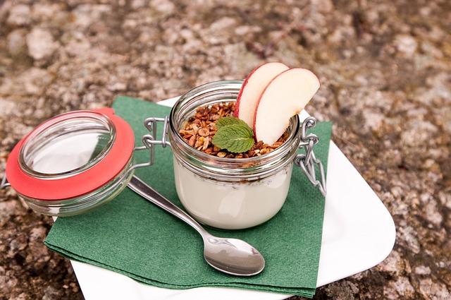 Jogurt je zdroj živých probiotických kultúr