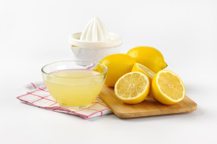 Citróny a citrónová šťava