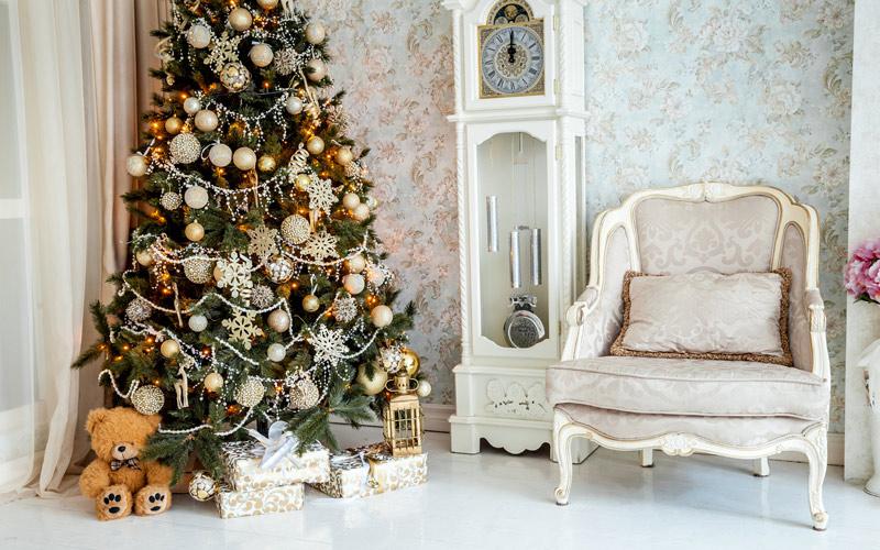 Zlatý vianočný stromček