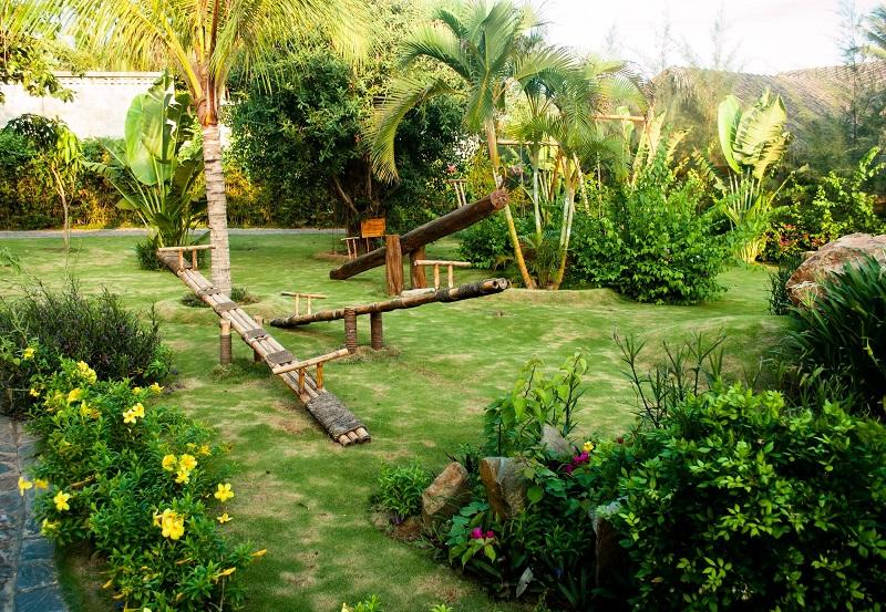 Záhrada a ihrisko