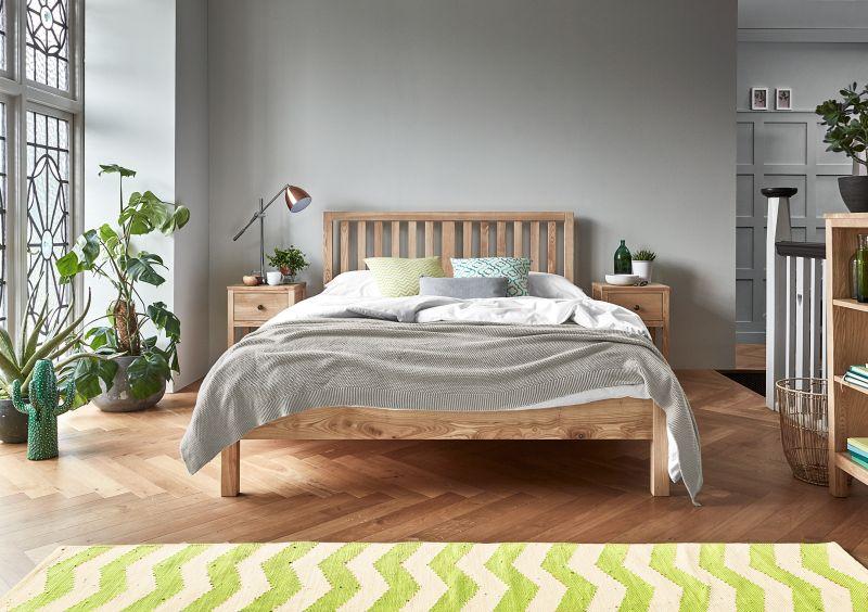Farby v spálni by mali byť príjemné a skôr neutrálne