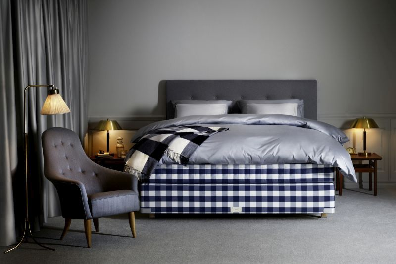 Kontinentálna posteľ v spálni