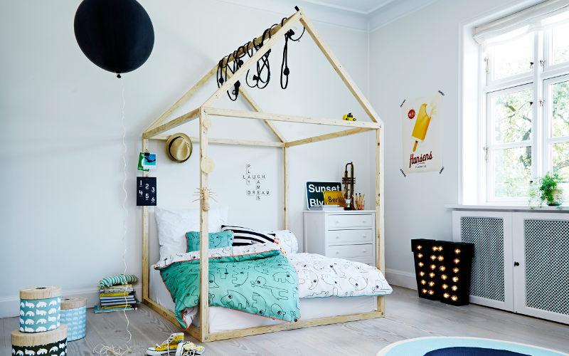 Detská izba s posteľou