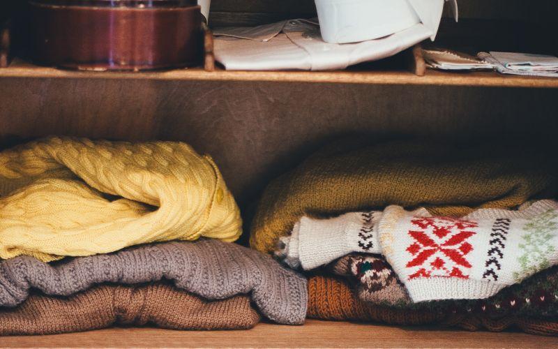 Zimné svetre v šatníku