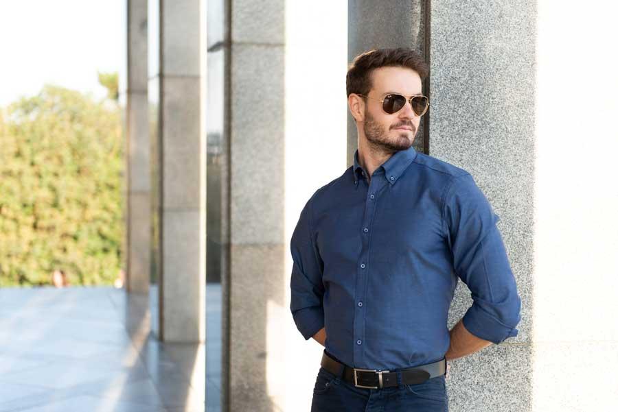 Muž v košeli Smart casual